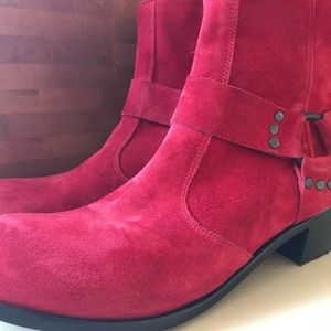 Modern Vice Ankle Boots